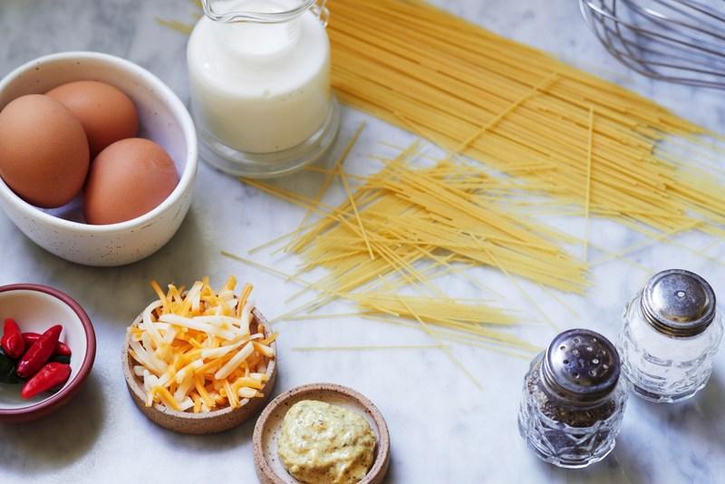 macaroni pie ingredients