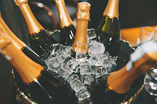 Drinksto Serve Champagne 320x320