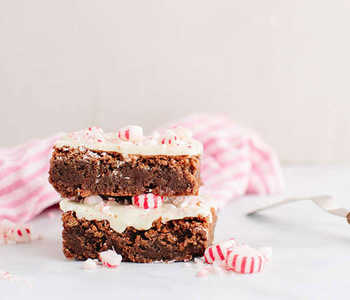 Brownies with Peppermint Bark