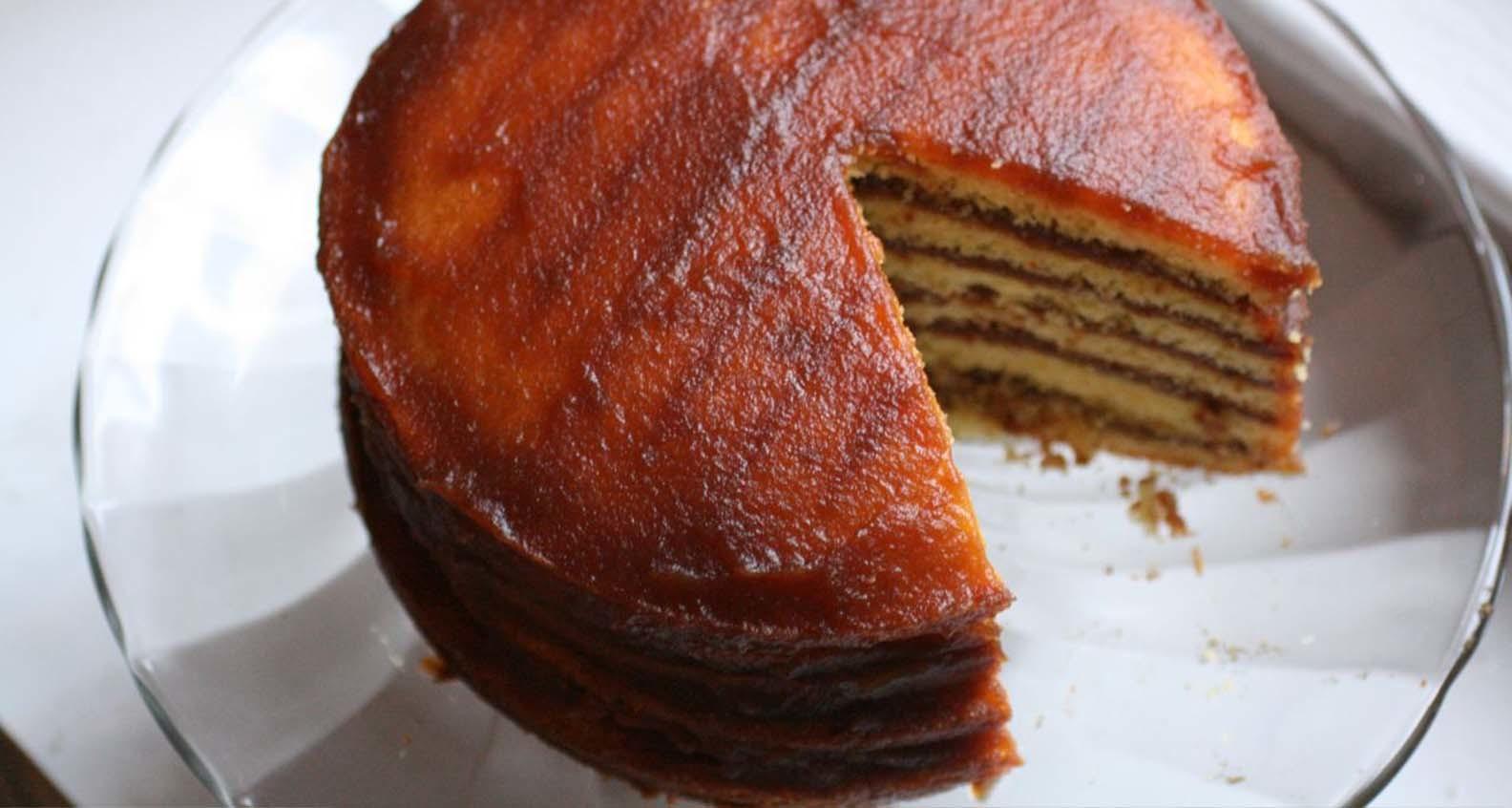 Ronni lundy apple stack cake credit thebittenworddotcom 2