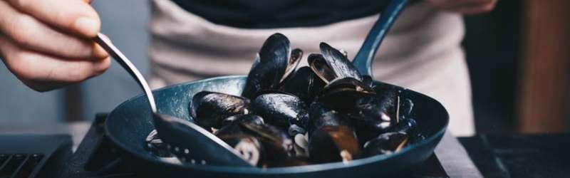 Blanc saute mussels 1584x946 blanc