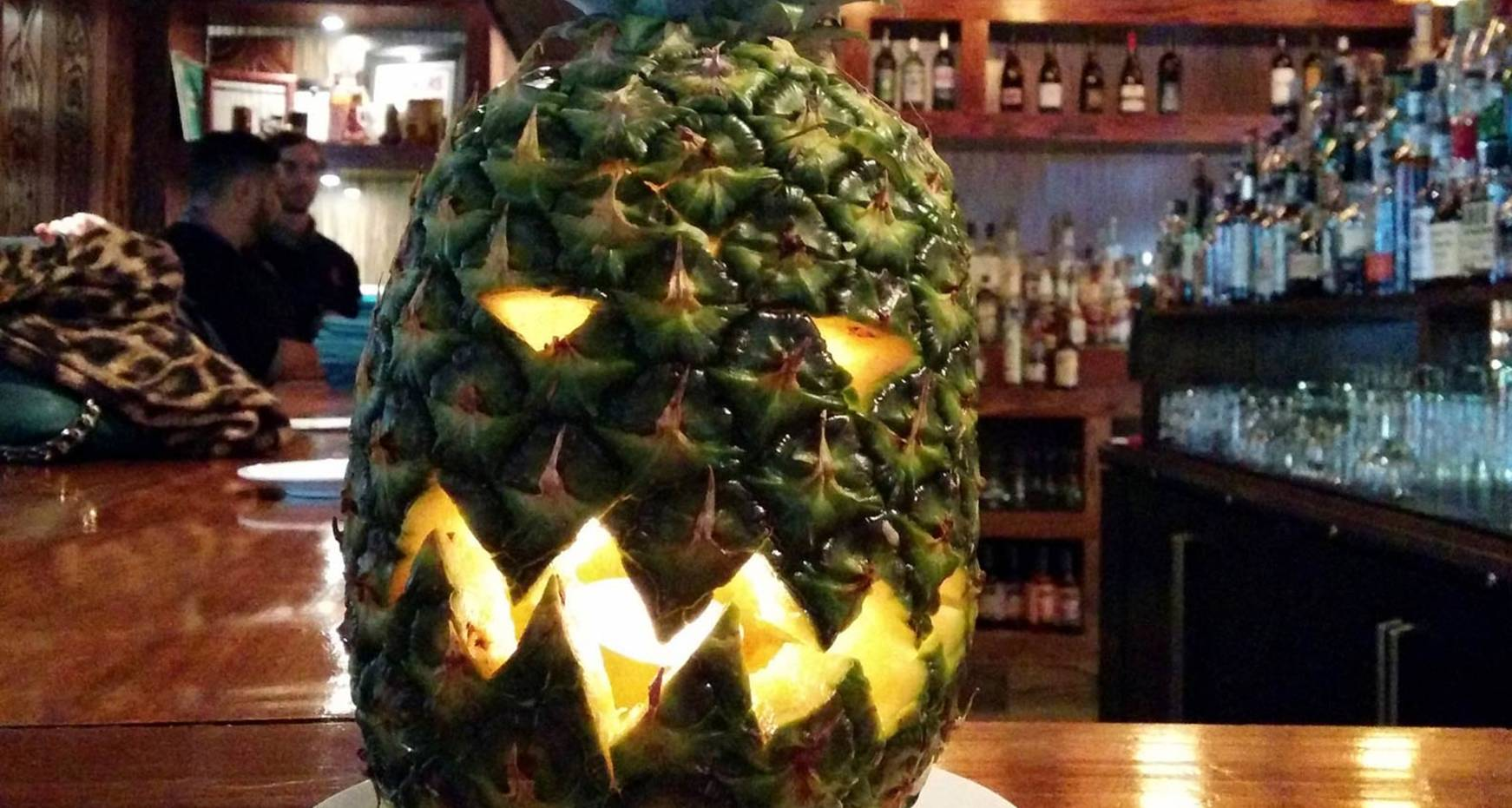 Anatomy of a Dinner Party » Pineapple O\'Lanterns!