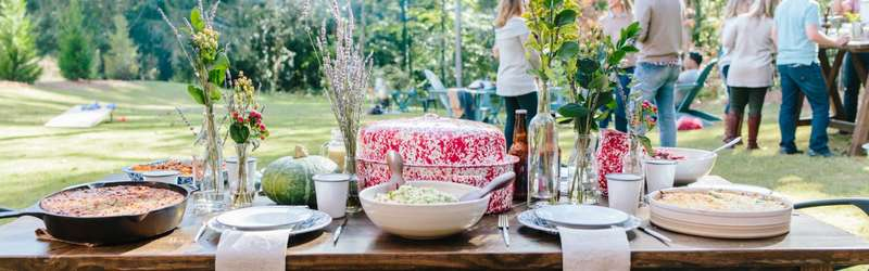 Outdoor thanksgiving table hero 2 1584x846 maura friedman