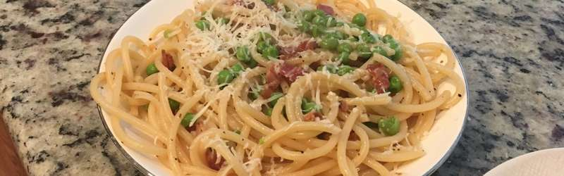 pantry pasta with peas and bacon