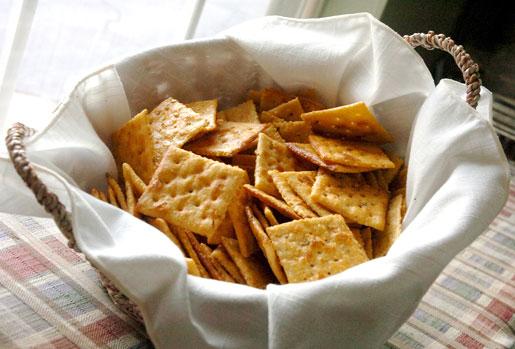 Cajun crackers 01