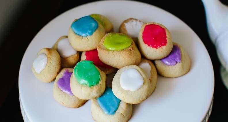 Thumbprint Shortbread Cookies from Henri's Bakery