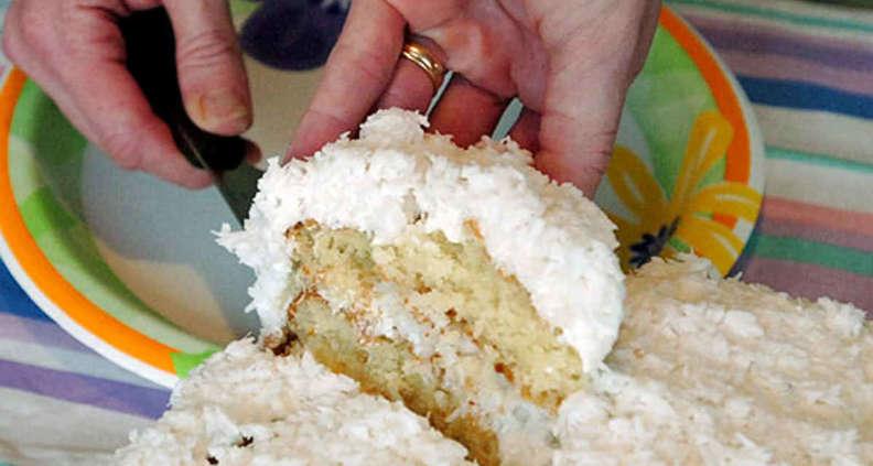 Old Charleston Coconut Cake