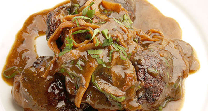 Sauteed Chicken Livers With Shallot Gravy Southern Kitchen