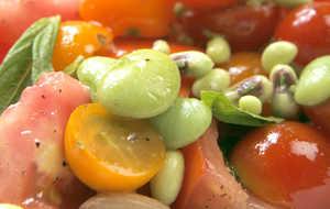 Tomato-Field Pea Salad With Garlic Mayonnaise