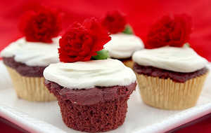 Light Red Velvet Cupcakes With Fluffy Cream Cheese