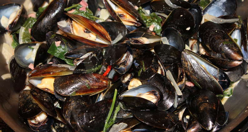 Southern-Style Mussels