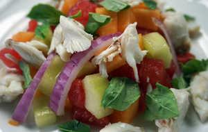 Crab  melons  onions salad