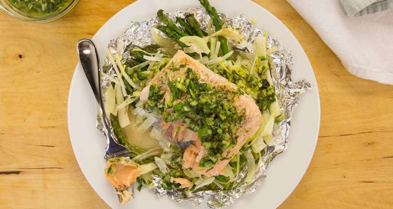 One-Dish Salmon in Foil Packets with Asparagus, Fennel and Tarragon Vinaigrette