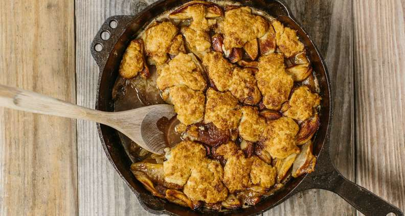 Cast Iron Apple Cobbler