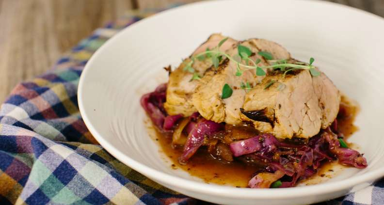 Pork Tenderloin with Red Cabbage and Apples
