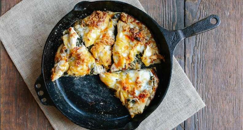 cast iron fried chicken pizza