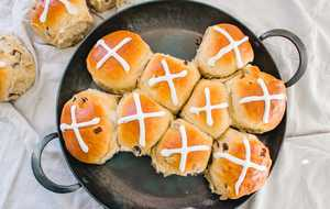 Southern hot cross buns