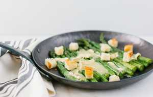 Asparagus and brie