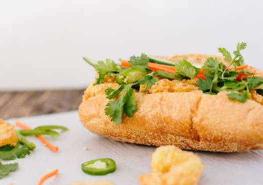 vietnamese shrimp poboy