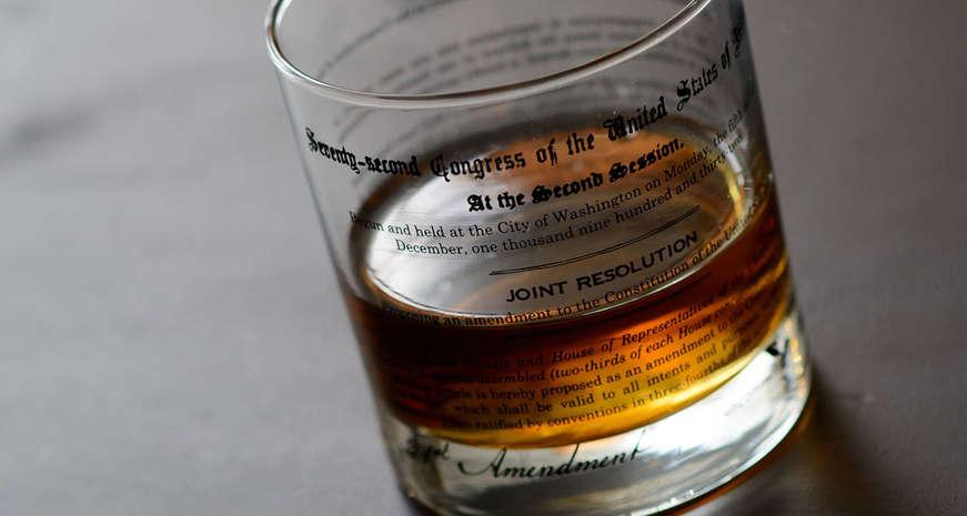 UncommonGreen 18th & 21st Amendment rocks glass set