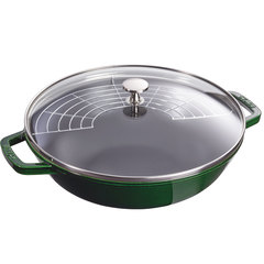 staub's cast iron 4.5 quart pan in basil