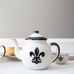 Fleur de lis teapot gift set
