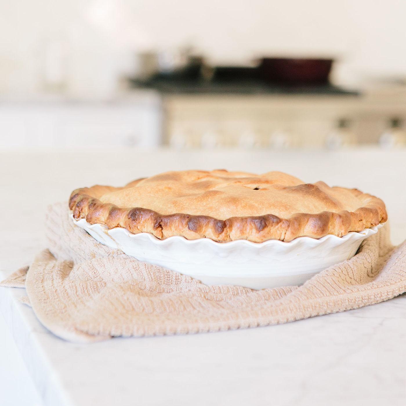 Stoneware & Co. Thumb Print Pie Plate | Southern Kitchen