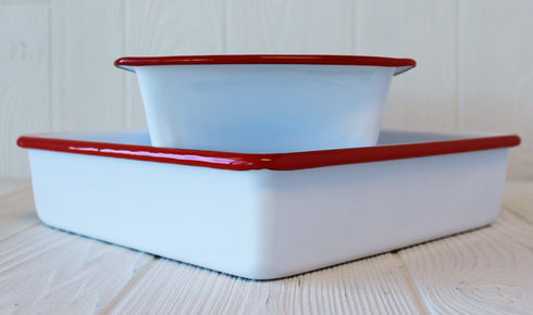 Enameled loaf and brownie pan set