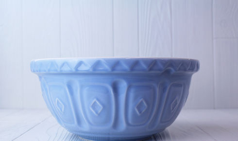 large blue mixing bowl from mason cash